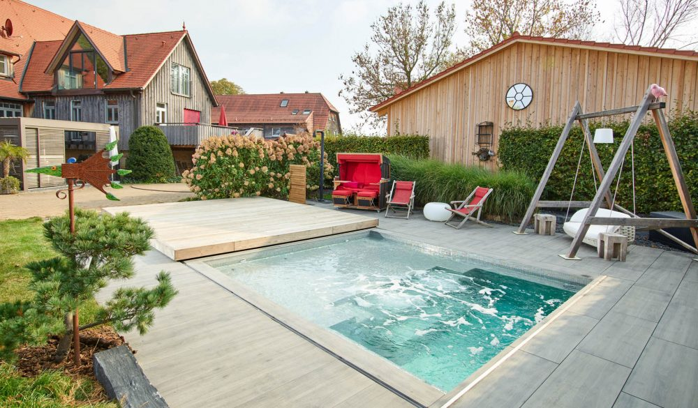 c side pool waeschenbeuren 01 e1614708696821 - Pools & Sauna